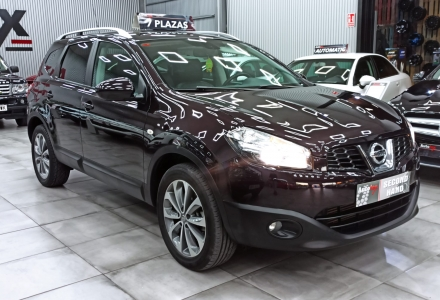 Nissan QASHQAI +2 TEKNA (R1887)
